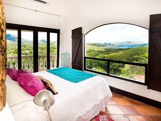 Tropical Chic Penthouse Condo with Ocean Views & 5 min walk to Flamingo Beach