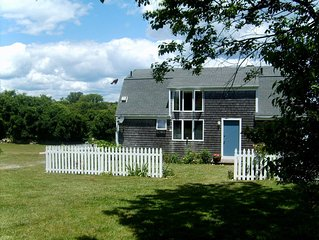 SAVE Labor Day Week  Special Rates. Walk to Beach , Spacious Family Home.