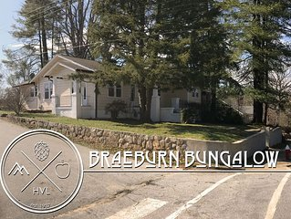 Intro Pricing - Braeburn Bungalow - Historic & Walk to Downtown Hendersonville