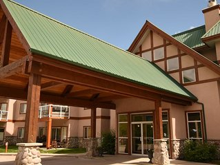 Invermere's Heron Point - $71-$279/night,2 Br.Condo/Pool/Park Pass/Mtn.View*Golf
