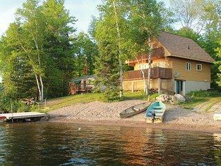 Lakeside Haven - 4 Season Property - Cordova Lake, Havelock Ontario