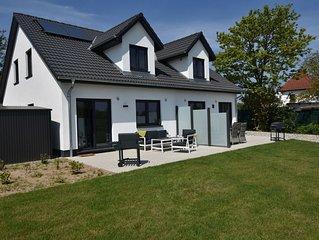 Beautiful Holiday Home in Kühlungsborn near Sea