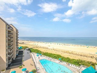 G710: Updated Oceanfront 2BR+Den Condo at Sea Colony - Private Beach, Pools ...