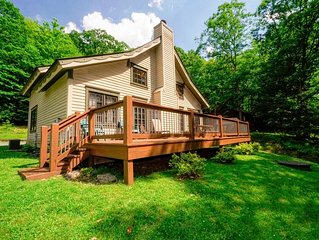 Lake area home with fire pit, gas grill and wood fireplace!