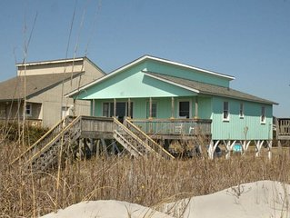 Mischievous Turtle: 3 BR / 2 BA home in Oak Island, Sleeps 6