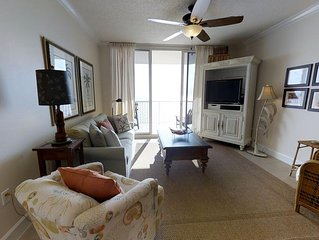 Gulf View Condo-Living & Master Bedroom Balconies-Clubhouse Amenities!