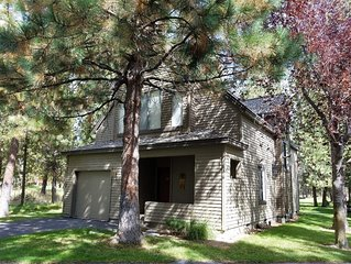 11 Eaglewood Condo: 3 BR / 3 BA condo in Sunriver, Sleeps 6