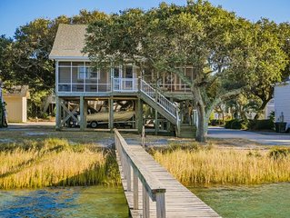 SOUND HOUNDS: 4 BR / 3 BA soundfront with dock in Topsail Beach, Sleeps 8