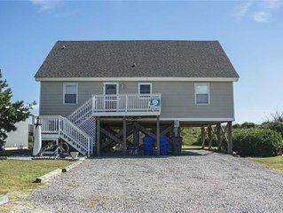 Katie Lou's Place: 5 Bedroom/2 Bath Dog-Friendly Oceanfront Home on Caswell Beac
