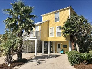 Blue Lagoon 105 | Pet Friendly|Community Pool | Across from Beach on West Beach