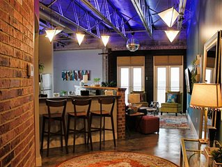 Green Door Lofts-Bo Ho Loft Silos/Downtown