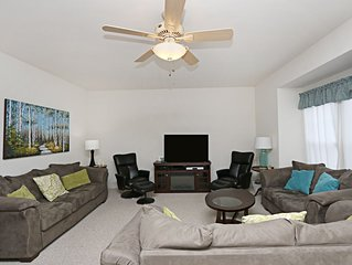 41DOCS: 5BR Creekside TH | Walk to community pool | Minutes to Bethany Beach!