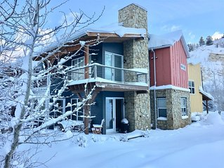 The swiftwater is rushing by, as you enjoy this luxury townhome.  WiFi, hot tub,