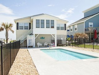 Tide: 5 BR / 2 BA home in Oak Island, Sleeps 10