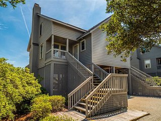 Inlet Retreat (13A): 2 BR / 2.5 BA town house in Topsail Beach, Sleeps 6