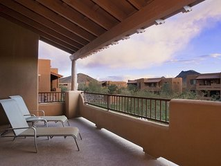 Scottsdale Mountain Spectacular 3 BR Townhome/ COM Pool/ Golf