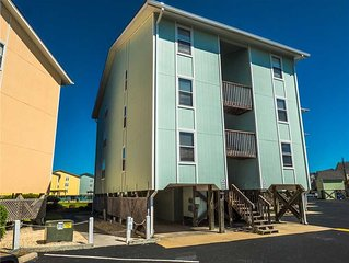 Surf 338: 2 BR / 1.5 BA condo in Surf City, Sleeps 8