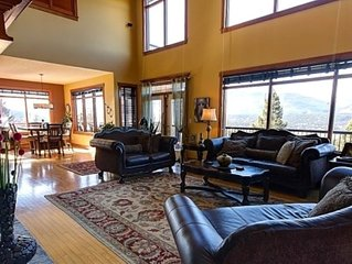 Fairmont Hot Springs 6 Bedroom Home - Amazing Views & Private Hot Tub (extra fee
