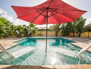 3BR/2BA VILLA - PRIVATE POOL -CLOSE TO BEACH, SHOPPING, DOWNTOWN, PALM BEACH