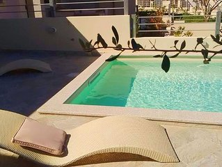 2 bedroom villa, private swimming pool, close to beach and shops, newly built