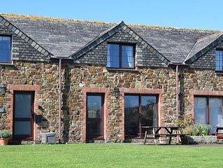 Glen Valley Cottage.  Pretty Cottage Close to Rock and Polzeath