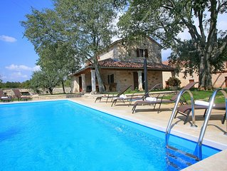 Four bedroom villa near Rovinj with large Pool on private quiet nature location