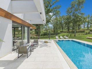 Villa Sara - Your private oasis in green kingdom