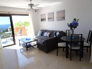 Updated in popular Tamara, Los Gigantes, close to all amenities and the sea