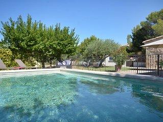 En Provence au pied du Mont Ventoux location de charme avec piscine privative