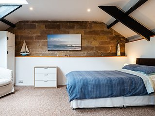 CROSS HOUSE APARTMENT Dog Friendly Barn Conversion in the Heart of Warkworth