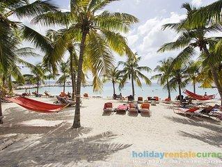 Villa het dichtste bij het strand van Blue Bay!