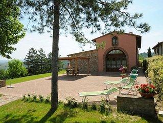 Villa a Gambassi Terme (Firenze) con terrazzo e ampio giardino privato