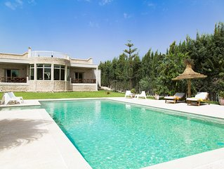 Maison illi            avec piscine ,hamam et salle de sport