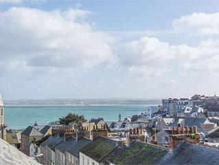 Seren House in the centre of beautiful St Ives with parking.