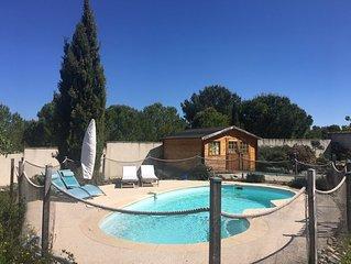 Jolie Villa provençale Climatisée avec piscine et jardin