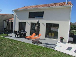 Maison neuve tout confort à 400m de la plage avec grande terrasse