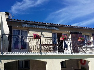 Near Carcassonne luxury villa with private pool and large garden