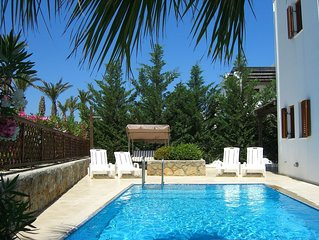 Detached Villa With Private Pool and Garden. Also has BBQ and Free Wifi.
