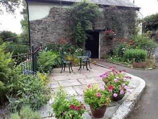 Cosy, very quiet, relaxing retreat, pretty surroundings, idylic. (pet-friendly)