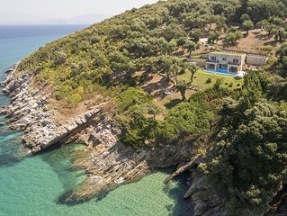 Dreamy villa by the sea side with heated pool