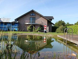 Luxusferienhaus mit Schwimmteich und Sauna