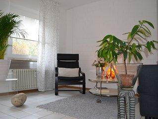 Hübsche 2 - Zimmer Fewo, Kabel-TV, W-Lan, Balkon, etc.