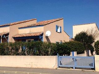 Schönes Ferienhaus mit grosser Terrasse, Meerblick, Strandnähe und Pool