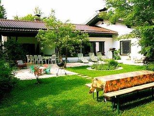 Traumhaftes Landhaus mit grossem, parkahnlichem Garten, See- und Bergblick