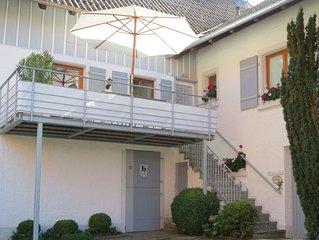 Kleines Landhaus  über dem See - kpl.neu renoviert.