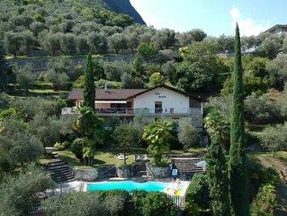 Großes freistehendes Ferienhaus mit Blick auf Gardasee