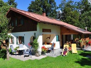 Ruhiges wohnen im Ferienhaus für 2-6 Pers.Wintergarten mit Kaminofen Natur pur!