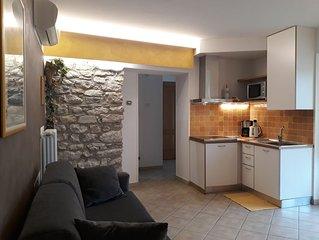 Wohnung in restauriertem Rustico direkt am See, ganzes Jahr geoffnet.
