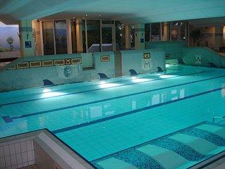 Perfekter Urlaub mit Kindern in der Natur: Pool, Sauna und traumhafter Fernblick