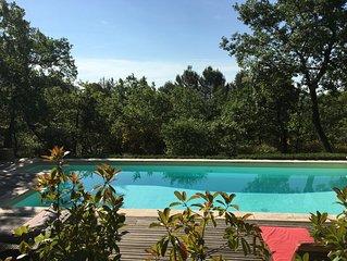 Villa avec piscine privée au calme dans pinède entre Luberon et Verdon